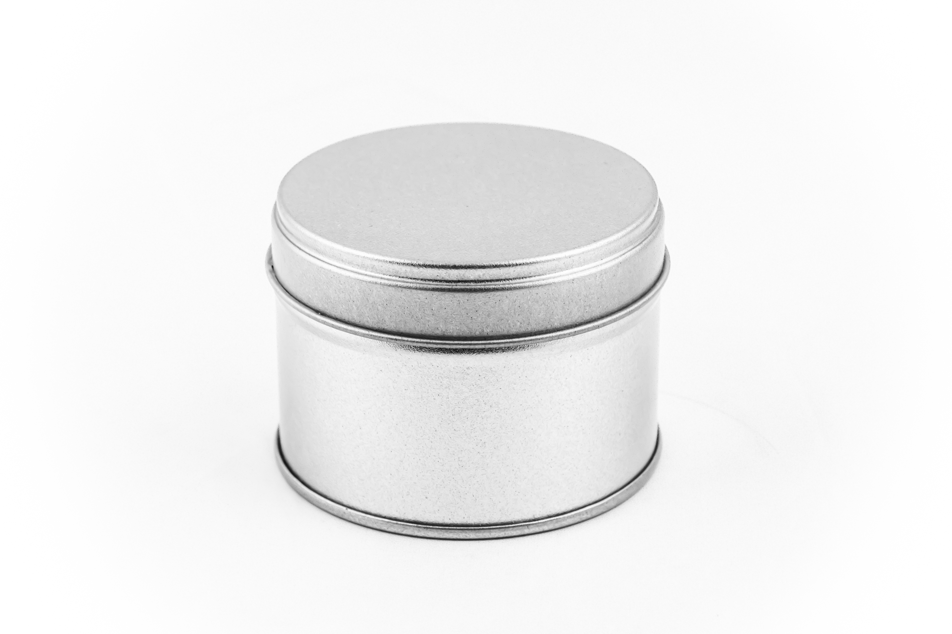 Spice and tea tinbox with double lid